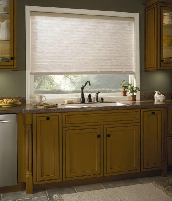 instalación de Cortinas Odysee en cocina