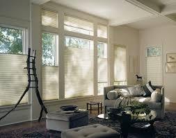 instalación cortinas blancas quito