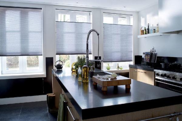 cortinas duette en cocina